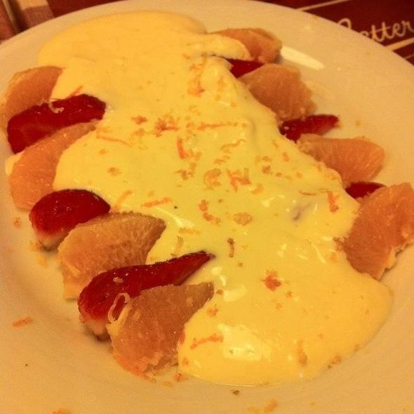 Fruta Con Crema Mascarpone @ Matterello