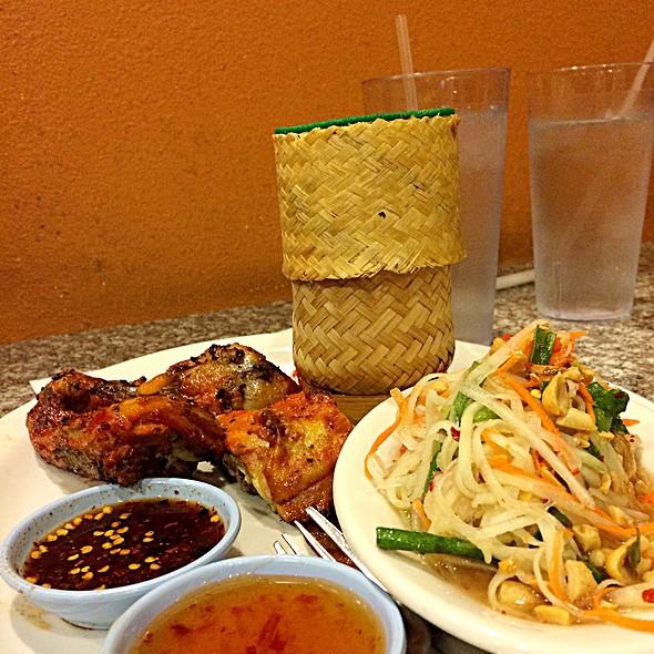 Thai Chicken With Sticky Rice & Papaya Salad