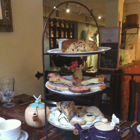 """Mad Hatter Tea"" @ Alice's Tea Cup"
