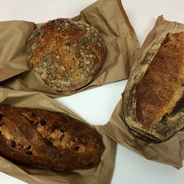 fresh bread @ Baked & Wired