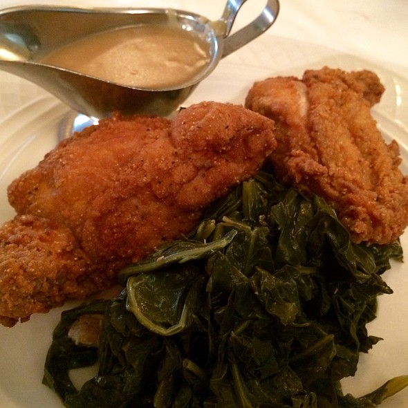 fried chicken @ Georgia Brown's