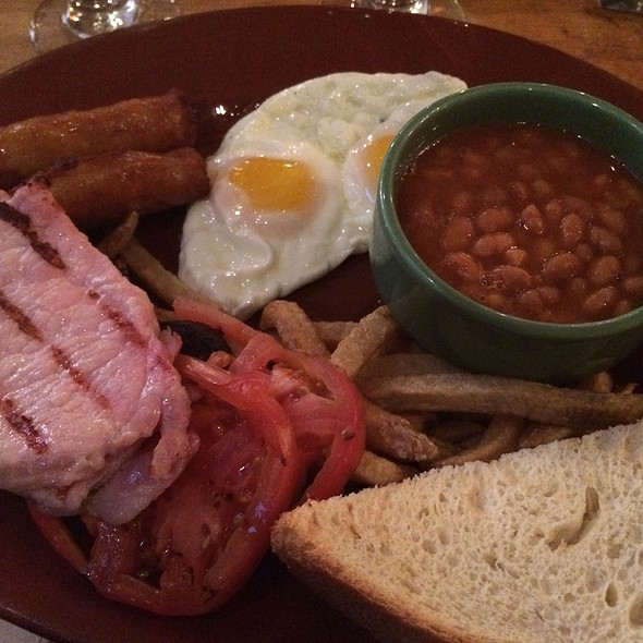 English Breakfast @ The Green Dragon Tavern