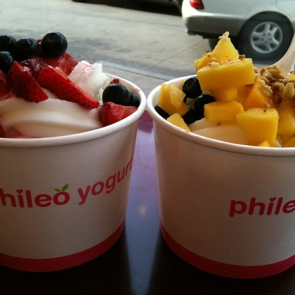 Frozen Yogurt @ Phileo Yogurt