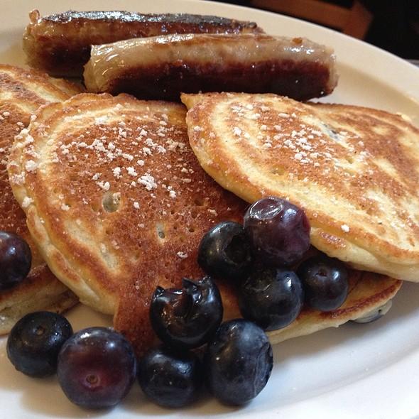 Gluten Free Blueberry Buckwheat Panckaes With Chicken Sausage Links @ Sweet Laurette's