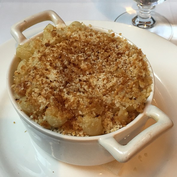 Smoked Gouda Macaroni And Cheese @ Crosby Street Hotel