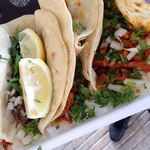 Street Tacos Pastor, Barbacoa Y Carne Guisada @ El Gallito De Jalisco Mobile
