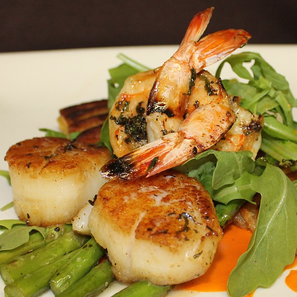 Seared Sea Scallops & Grilled Jumbo Shrimp - Thyme, Roslyn, NY