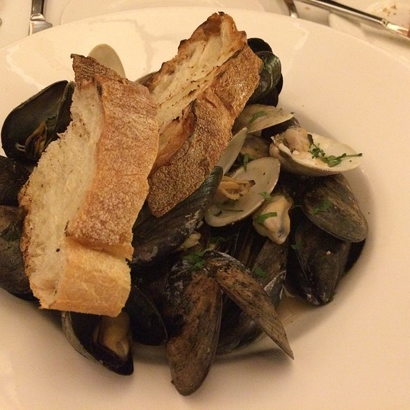 Mussels @ Trio Grill