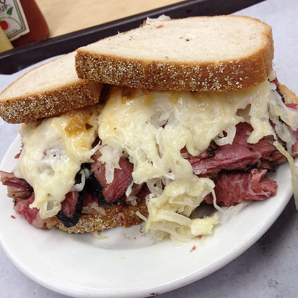 Reuben With Pastrami And Corned Beef