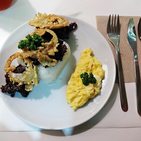 Garlic Beef Tapa Meal @ Happy Kitchen Culinary Studio
