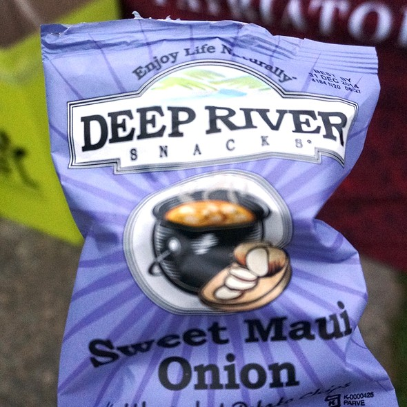 Deep River Sweet Maui Onion Kettle Cooked Chips