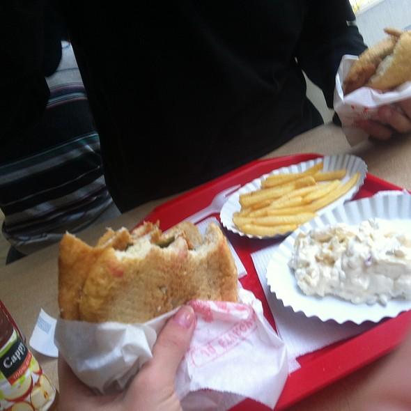 Csirke Szendvics, Sajtsaláta