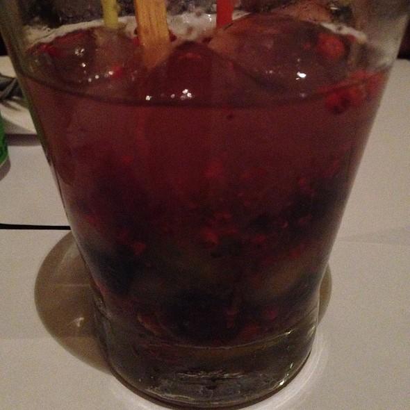 Caipirinha De Uva E Pimenta Rosa
