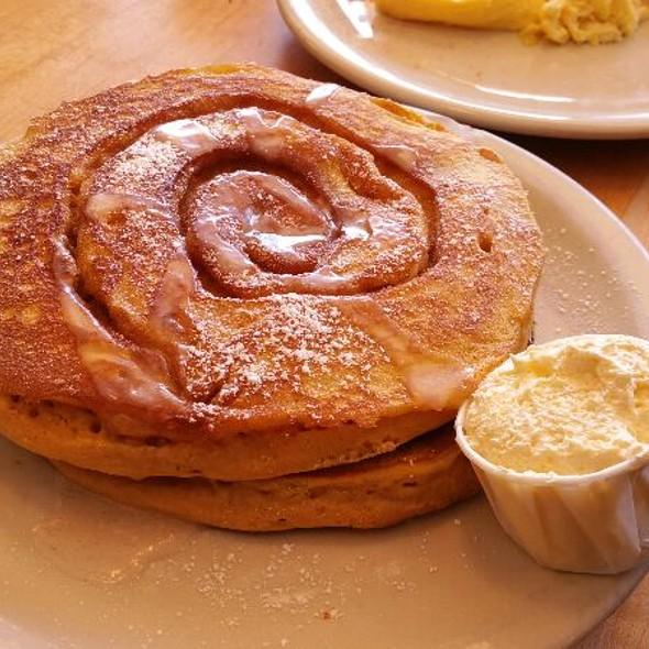 Cinnamon Swirl Pumpkin Pancakes - Half Stack