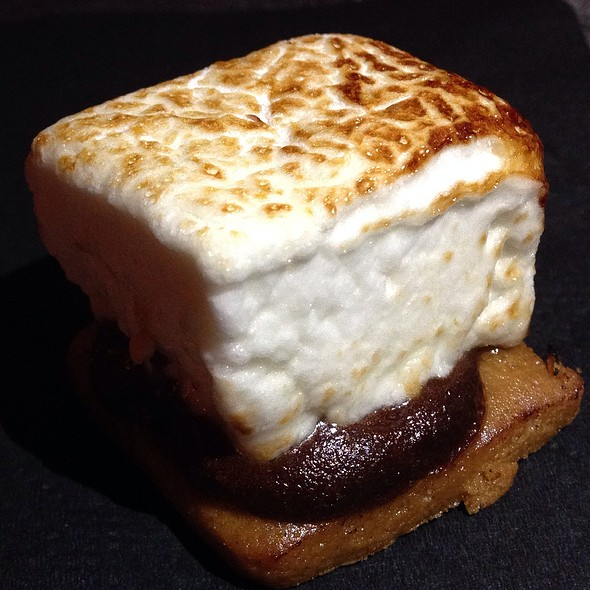 s'more @ The Joule-Cafe Momentum Pop Up