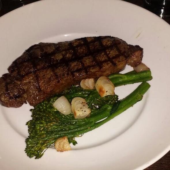 NY Strip Steak @ Pallet