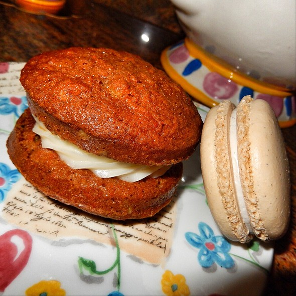 Carrot Cake Cookie And Vanilla Macaron @ Bouchon Bakery