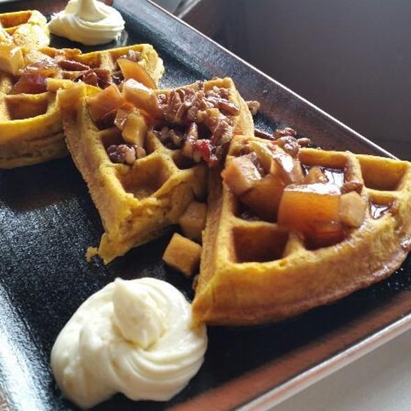 Pumpkin Waffles @ Settlers Inn