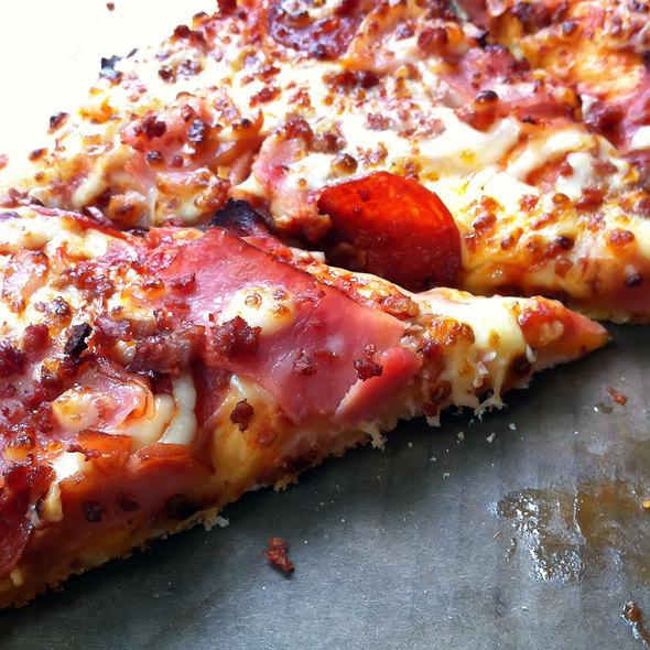 MeatZZa Feast @ Domino's Pizza