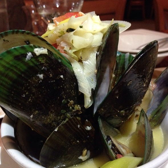 New Zealand Green Lip Mussel - OPAH Restaurant & Bar @ Town Center Aliso Viejo, Aliso Viejo, CA