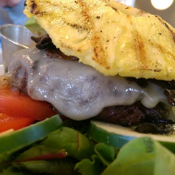 1/3 Beef Burger In A Bowl With Pineapple And Mushrooms  @ The Counter