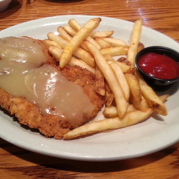 Chicken Fried Chicken @ The Machine Shed