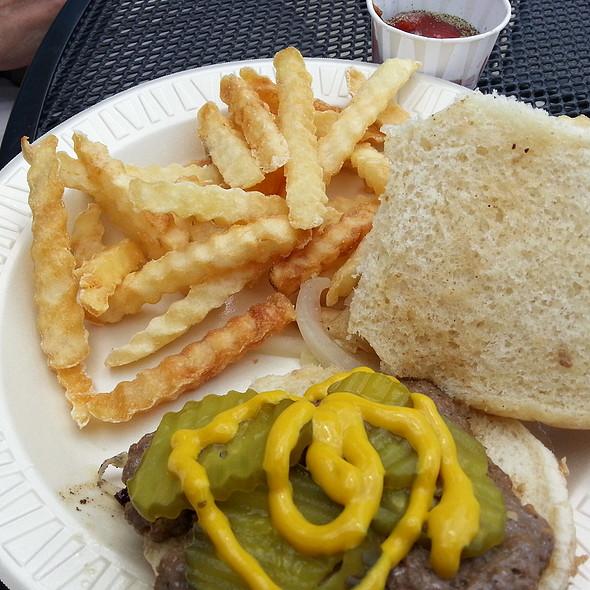 Burger @ Wedl's Hamburger Stand