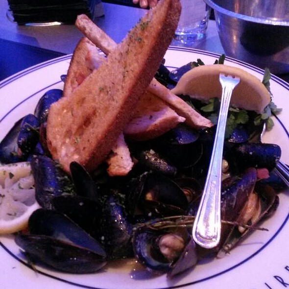 Steamed Prince Edward Island Mussels - Oceanaire Seafood Room - Dallas, Dallas, TX