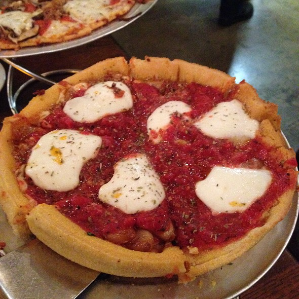 Deep Dish Pizza @ District of Pi Pizzeria
