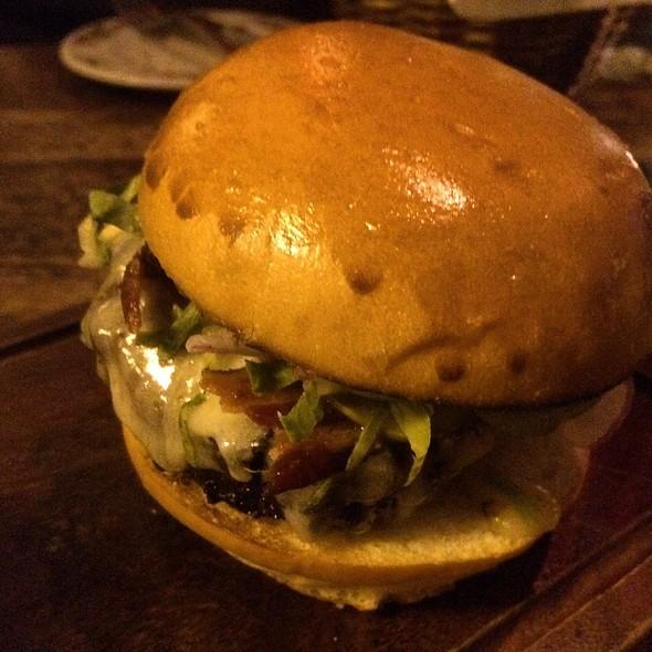 House Blend Aged Beef Burger - The Dandelion, Philadelphia, PA