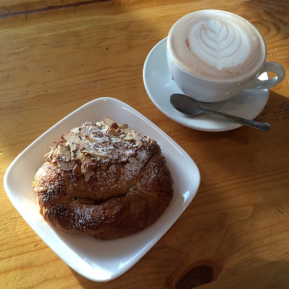 Almond Croissant & Chai Latte @ Bellano Coffee