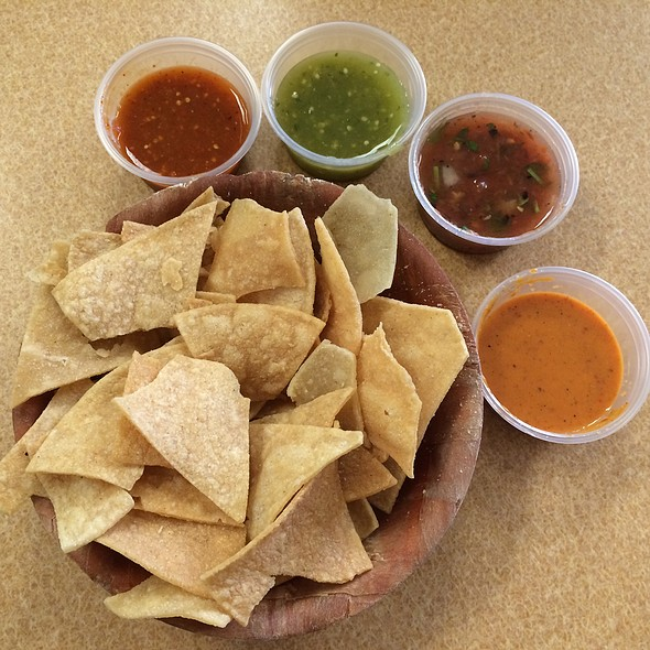 Chips & Sauces @ Denica's