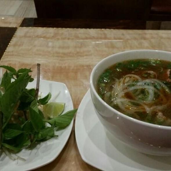 Phnom Penh Noodle Soup @ Pho Le