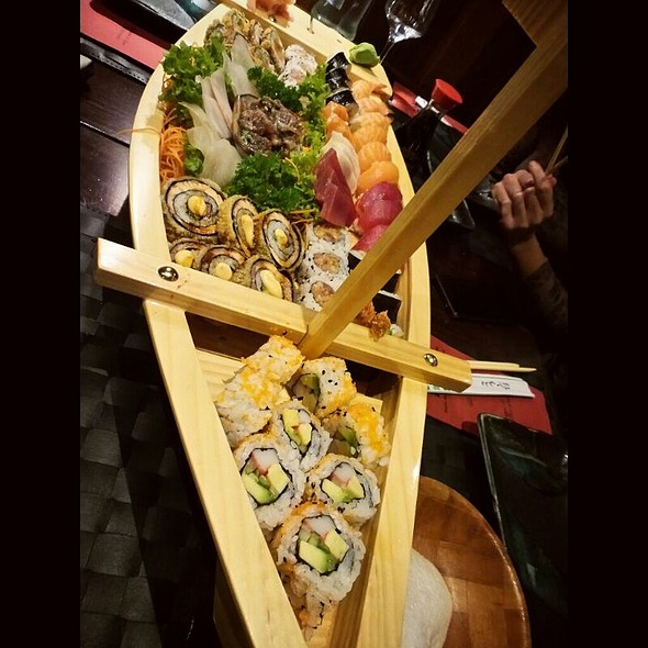Sushi Boat for 3