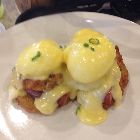 Cajun Eggs Benedict @ BC Cafe