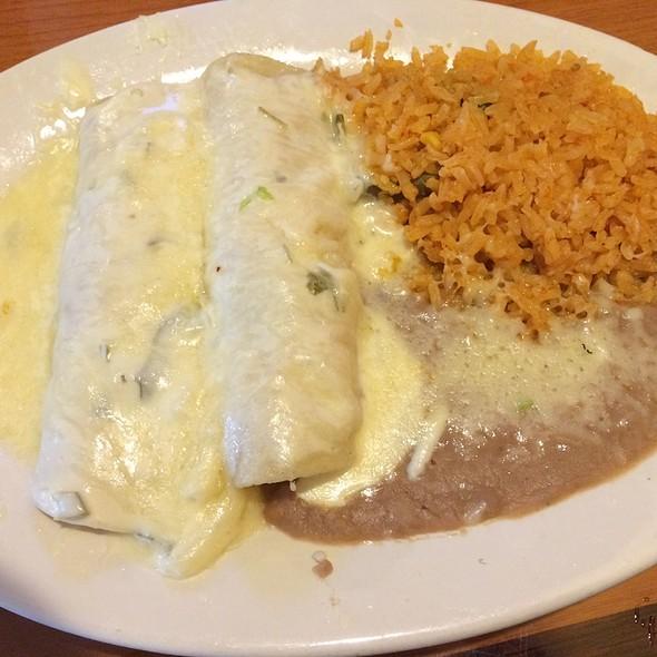 Enchiladas Acapulco  @ Mr. Taco
