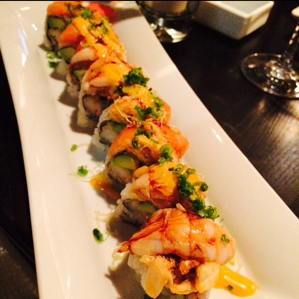Honey River Roll - Enso Asian Bistro & Sushi Bar, Charlotte, NC