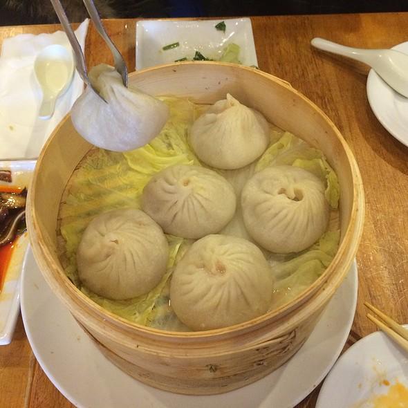 Xiao Long Bao @ nan xiang dumpling house