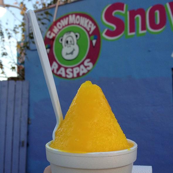 Natural Mango Raspa @ Snow Monkey