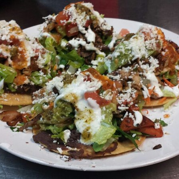 Tostadas Mixtas (Tinga,pollo,carné Deshebrada) @ Los Sarapes At Horsham Mexican