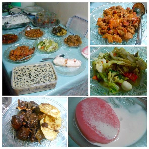 Fiesta Food @ Aling Nemi's