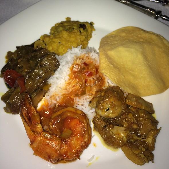 Sri Lankan Dinner @ Al Maha Desert Resort And Spa