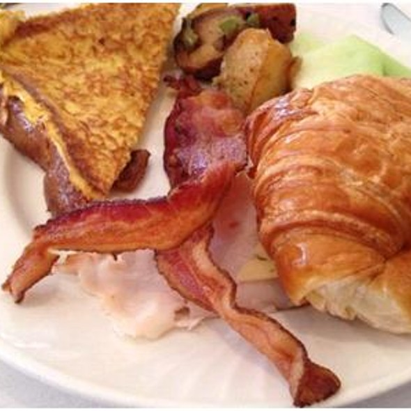 Brunch Buffet - Grand Cafe @ Omni Los Angeles, Los Angeles, CA