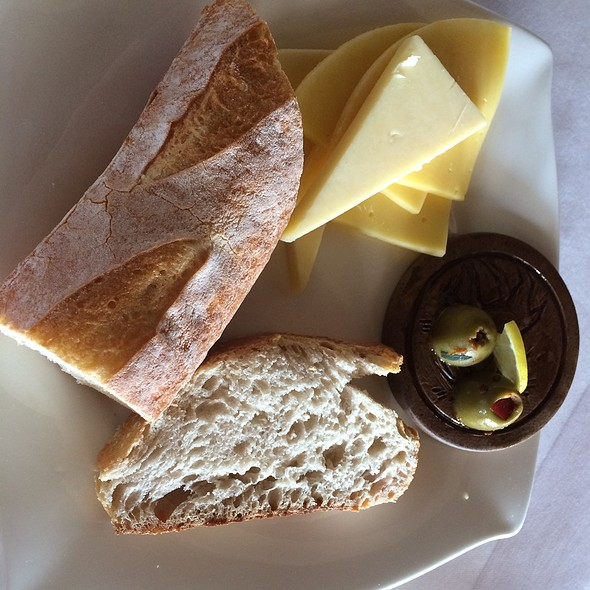 Bread And Cheese @ Al Maha Desert Resort And Spa