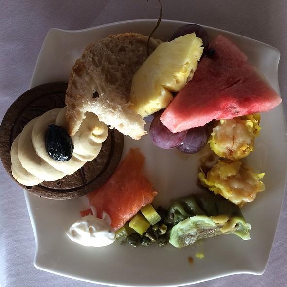 Breakfast Buffet @ Al Maha Desert Resort And Spa