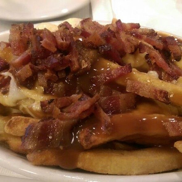Bacon Poutine @ Slater's 50/50 Burgers By Design