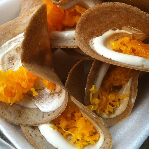 Thai Crispy Pancake (Khanom Buang)