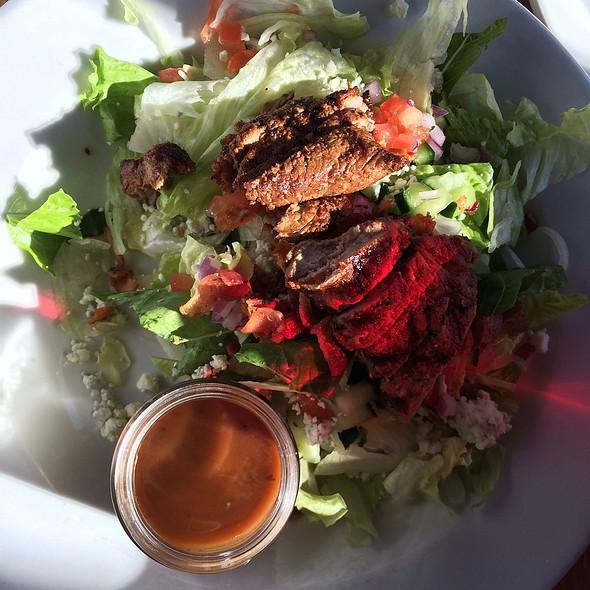 Bourbon Street Salad @ Circle 7