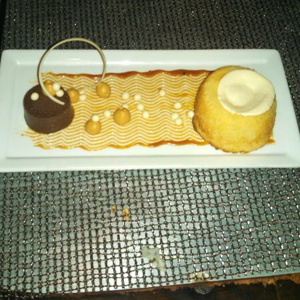 Warm Vanilla Cake - R2L, Philadelphia, PA