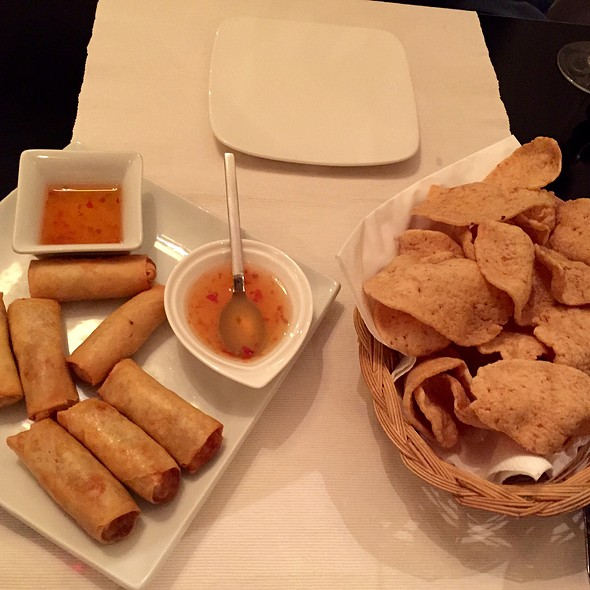 Spring Rolls And Crispy Thai Chips